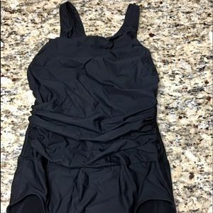 Shape fx black ruched one piece Size 14T